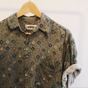Vintage printed button up.